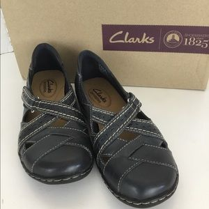 Clark's 1825 Navy Leather Slip On Mary Jane 5.5M